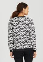 Brave Soul - Jacquard Sweat Shirt Black and White