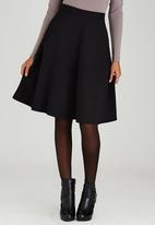 STYLE REPUBLIC - Tiered Midi Skirt Black