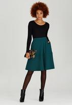 STYLE REPUBLIC - Tiered Midi Skirt Green
