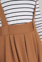 c(inch) - Dungaree Skirt Mid Brown
