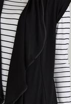 c(inch) - Sleeveless Drape Front Jacket Black