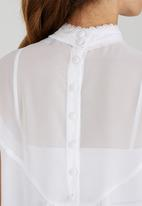 c(inch) - High Neck Blouse White
