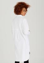 c(inch) - Oversized Shirt White