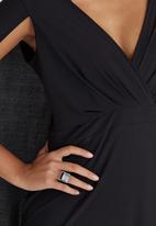 ELIGERE - Cape Gown Black