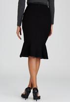 Dusud - Flip Hem Skirt Black