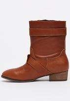 Sam Star - Leather Ankle Boots with Buckle Detail Tan