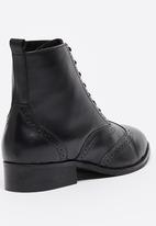 edit - Leather Broque Lace-up Ankle Boots Black