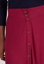 c(inch) - Flare Front Button Midi Skirt Dark Red