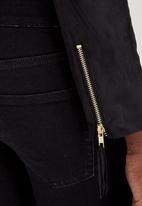 STYLE REPUBLIC - Suedette Fringe Jacket Black