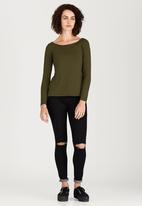 c(inch) - Bardot Top Dark Green