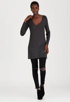 c(inch) - Top With Slits Dark Grey