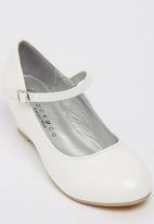 Rock & Co. - Dora Wedge White