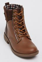 Rock & Co. - Evie Boot Mid Brown