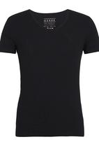 GUESS - S/S Core Collection Tee Black