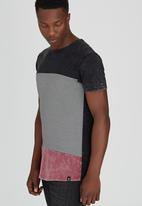 St Goliath - Land T-Shirt Multi-colour