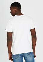 Lee  - Flag T-Shirt Off White
