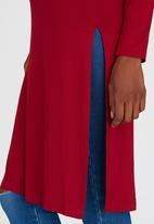 c(inch) - Longer Length Top With Slits Dark Red