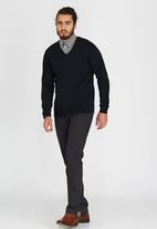 Ben Sherman - V-neck Knitwear Black