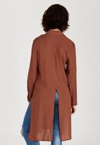 c(inch) - Split Back Longer Length Shirt Mid Brown