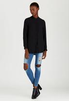 c(inch) - Basic Shirt Black
