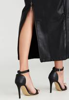 MAVEN by Michael Maven - Fitted Leather-look Maxi Skirt Black
