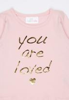 Luke & Lola - Printed Long Sleeve Tee Mid Pink