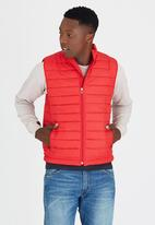 STYLE REPUBLIC - Sleeveless Puffer Jacket Dark Red