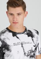 WeSC - Skylar S/S T-Shirt White