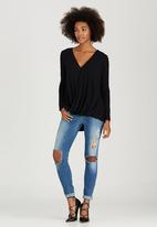 STYLE REPUBLIC - Longer Length Drape Top Black