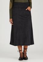 Slick - Beth Suede-like Skirt Black