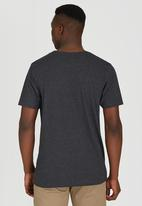 Billabong  - Halfway Tripper Short Sleeve T-Shirt Dark Grey