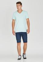 Rip Curl - Commander V-Neck T-Shirt Blue