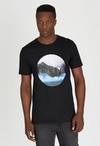 Volcom - Tropcircle Premium T-Shirt Black