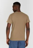 JEEP - One Up Printed Dirty T-Shirt Mid Brown