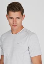Nike - Dri-Fit Cool Miler T- Shirt Grey
