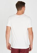 RVCA - Double Hex Pocket T-Shirt Off White