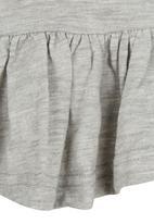 POP CANDY - Sleeveless Peplum Top Grey