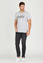 Oakley - MENS OAKLEY ROCKING TEE Grey