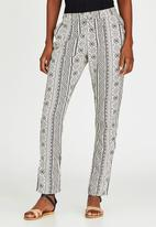JEEP - Aztec Printed Pants Black and White