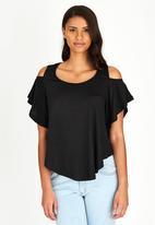 edit - Volume Cold-shoulder T-shirt Black