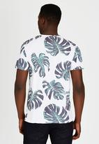 Only & Sons - All Over Print Tshirt White