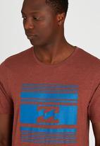 Billabong  - Cubed Out Short Sleeve T-Shirt Dark Brown
