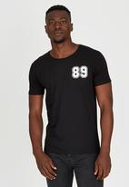 Urbanology - Flight T-Shirt Black