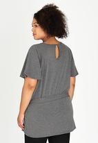 edit Plus - Raglan Tie Top Grey Melange