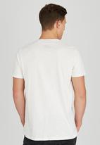 Sth Shore - Lolito T-Shirt Cream