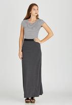 STYLE REPUBLIC - Basic Maxi Skirt Grey