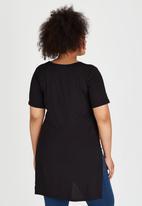 edit Plus - Hi Lo Hem T-Shirt Black