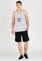 DC - Built Up Vest Grey