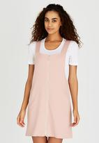 c(inch) - Zip Pinafore Pale Pink