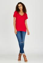 c(inch) - Rolled Sleeve T-shirt Red